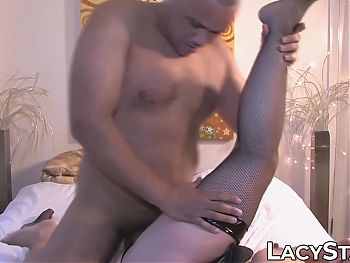Hot UK granny with amazing titties gets BBC banged
