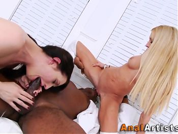 Babe ass rides and sucks black dick